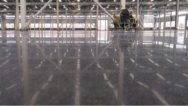 想做固化地坪,不了解?容达固化地坪施工流程方案让您一目了然